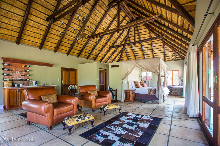 luxurious tamboti suite at arathusa safari lodge