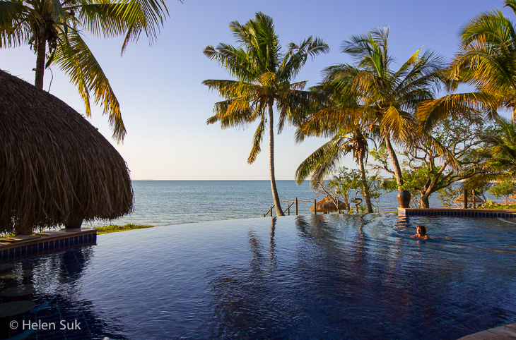 anantara bazaruto infinity pool, mozambique travel
