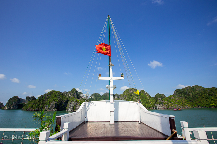 front view of bai tu long bay from the top deck of the treasure junk boat