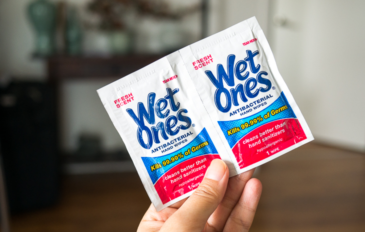 antibacterial wipes, wet ones, wet wipes