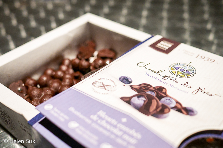 chocolate covered blueberries, quebec food