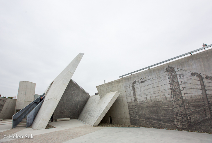 slanted concrete walls at the national holocaust monument